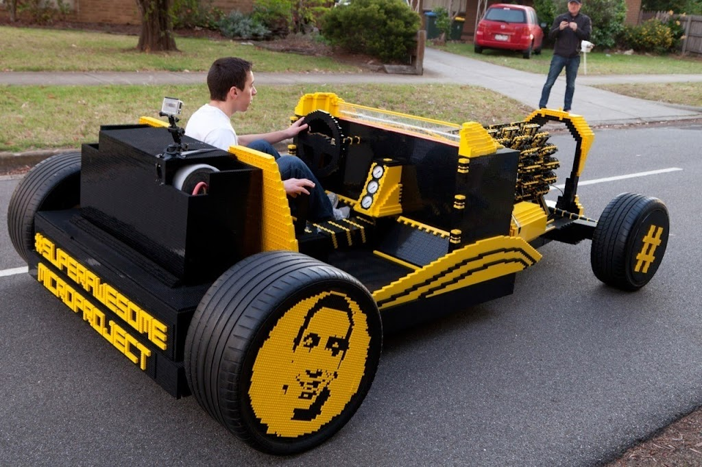 Super Awesome Micro Project Lego Car 14