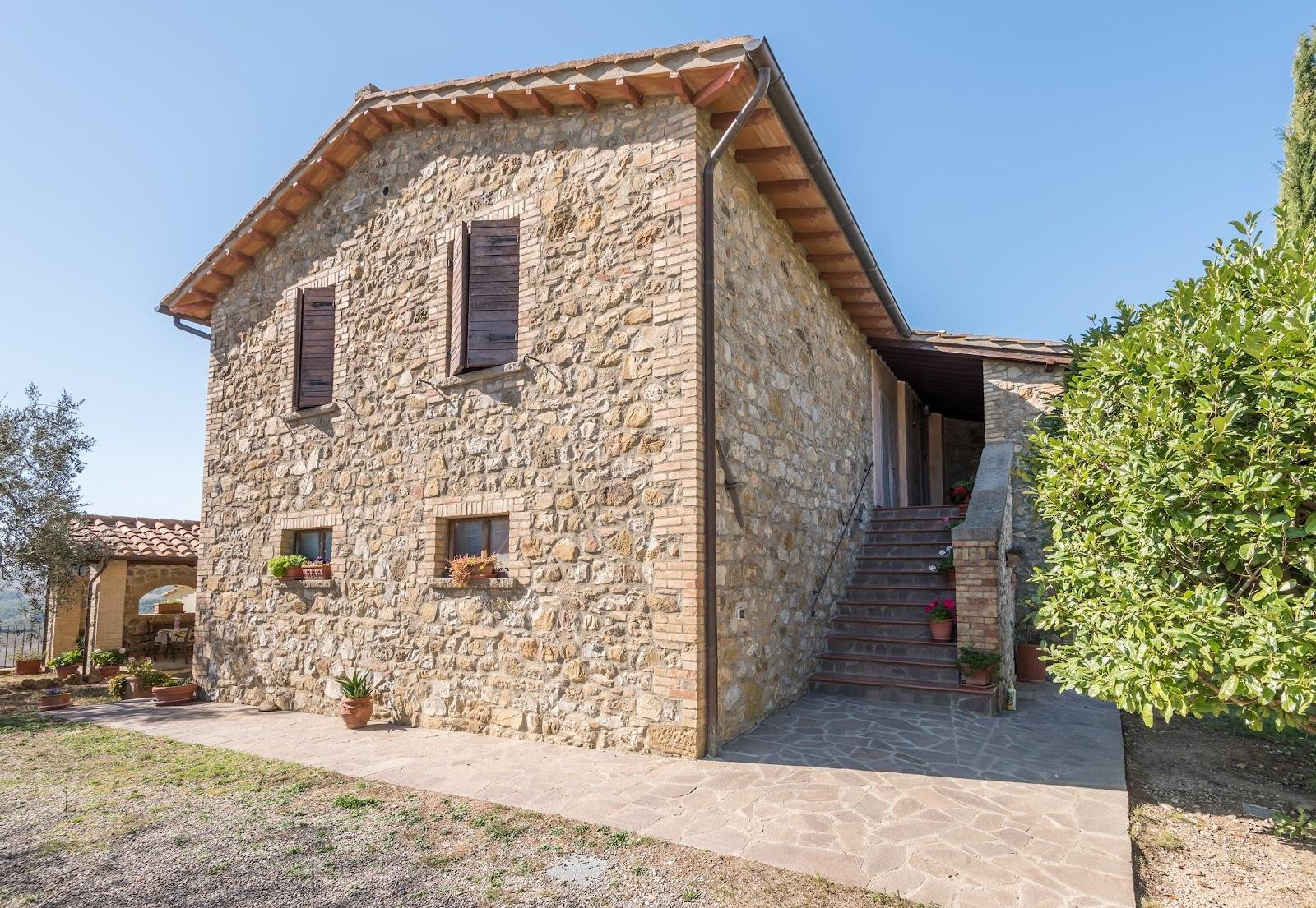 Casale Montenero_Castel del Piano_2