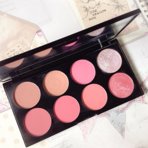 Makeup-Revolution-Blusher-Palette