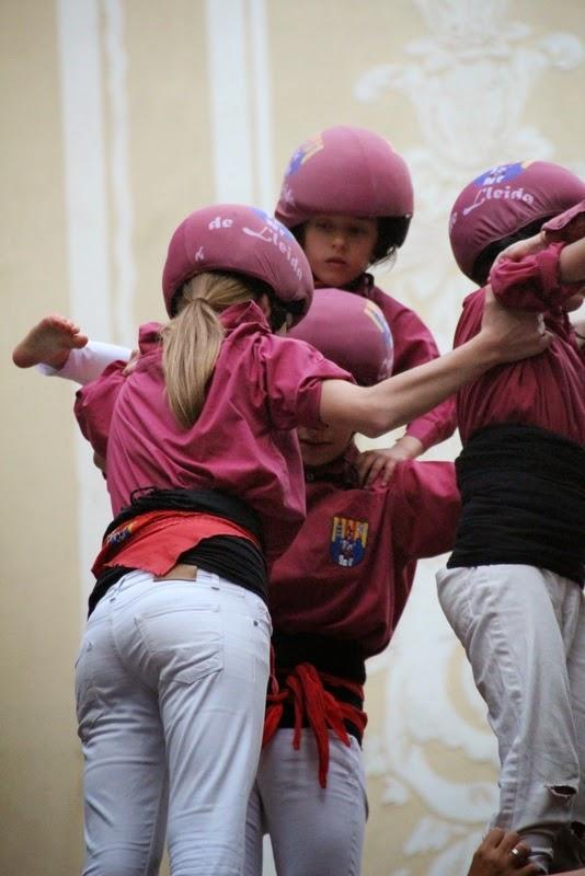Actuació 20è Aniversari Castellers de Lleida Paeria 11-04-15 - IMG_8985.jpg