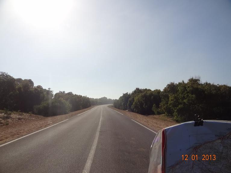 marrocos - Marrocos e Mauritãnia a Queimar Pneu e Gasolina DSC05373