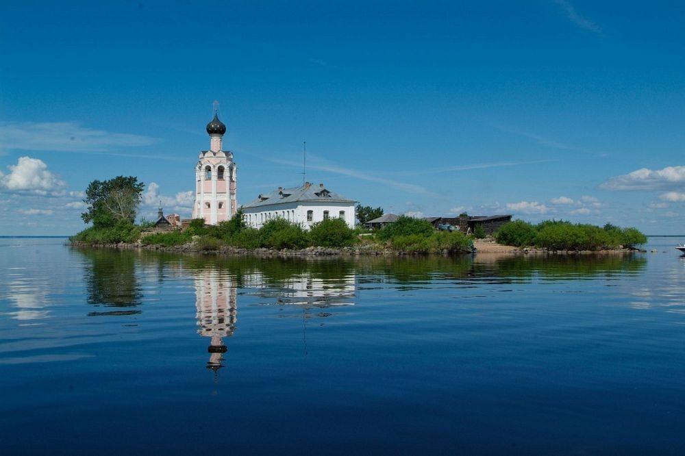 Spaso-Kamenny-monastero-1