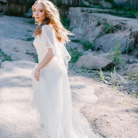 Wedding photographer Olga Borodina (elleole). Photo of 17.05.2017