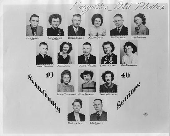 1946 seniors Moorhead ant
