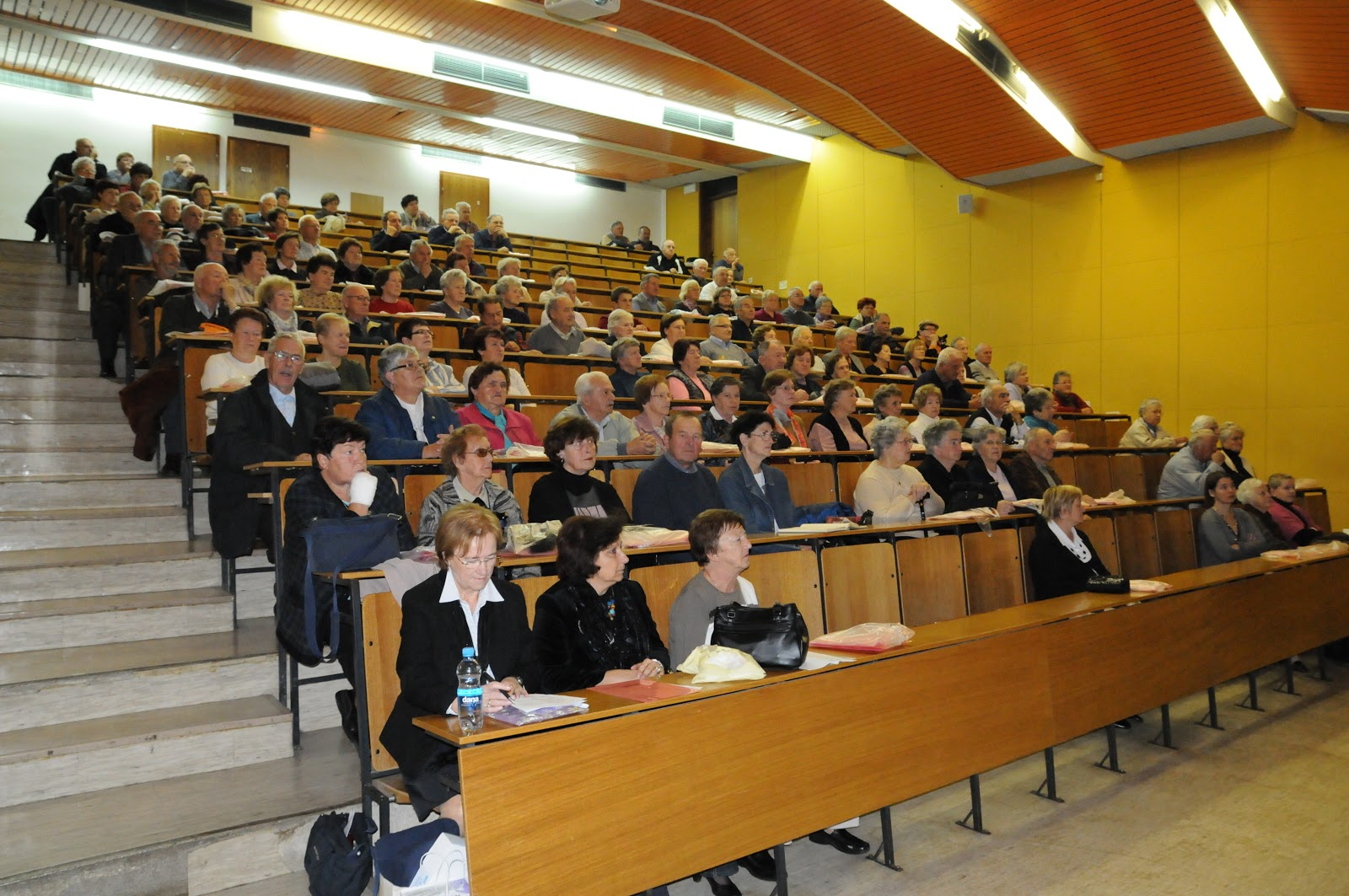 Predavanje, dr. Camlek - oktober 2011 - DSC_3869.JPG