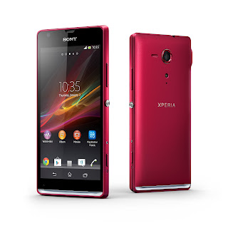 14_Xperia_SP_Group_Red.jpg