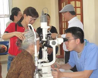 Caritas Phát Diệm tổ chức mỏ mắt miễn phí