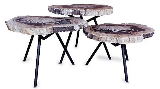 As três mesas