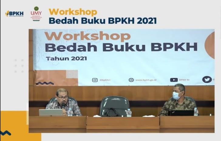 BPKH-UMY Beberkan Tantangan Haji Lewat Bedah Buku