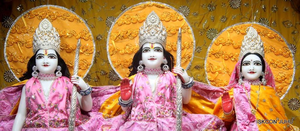 ISKCON Juhu Mangal Deity Darshan on 22nd July 2016 (12)