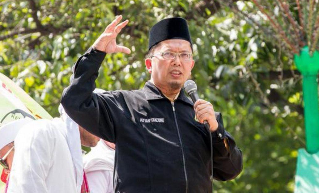 Singgung Proklamator RI, Pendakwah Alfian Tanjung: Soekarno Itu Sangat Cinta dengan PKI!