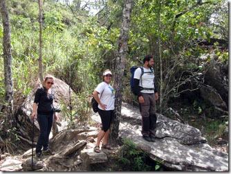 carrancas-trilha-cachoeira-das-esmeraldas-2
