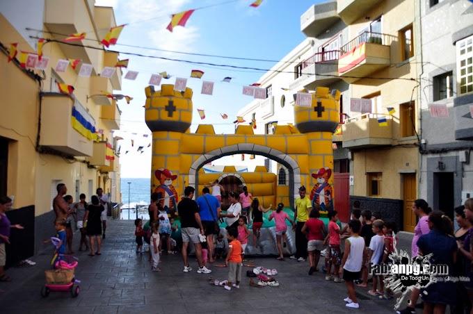 Castillo Hinchable Fiestas en Honor a Santa Lucía 2011 El Puertillo