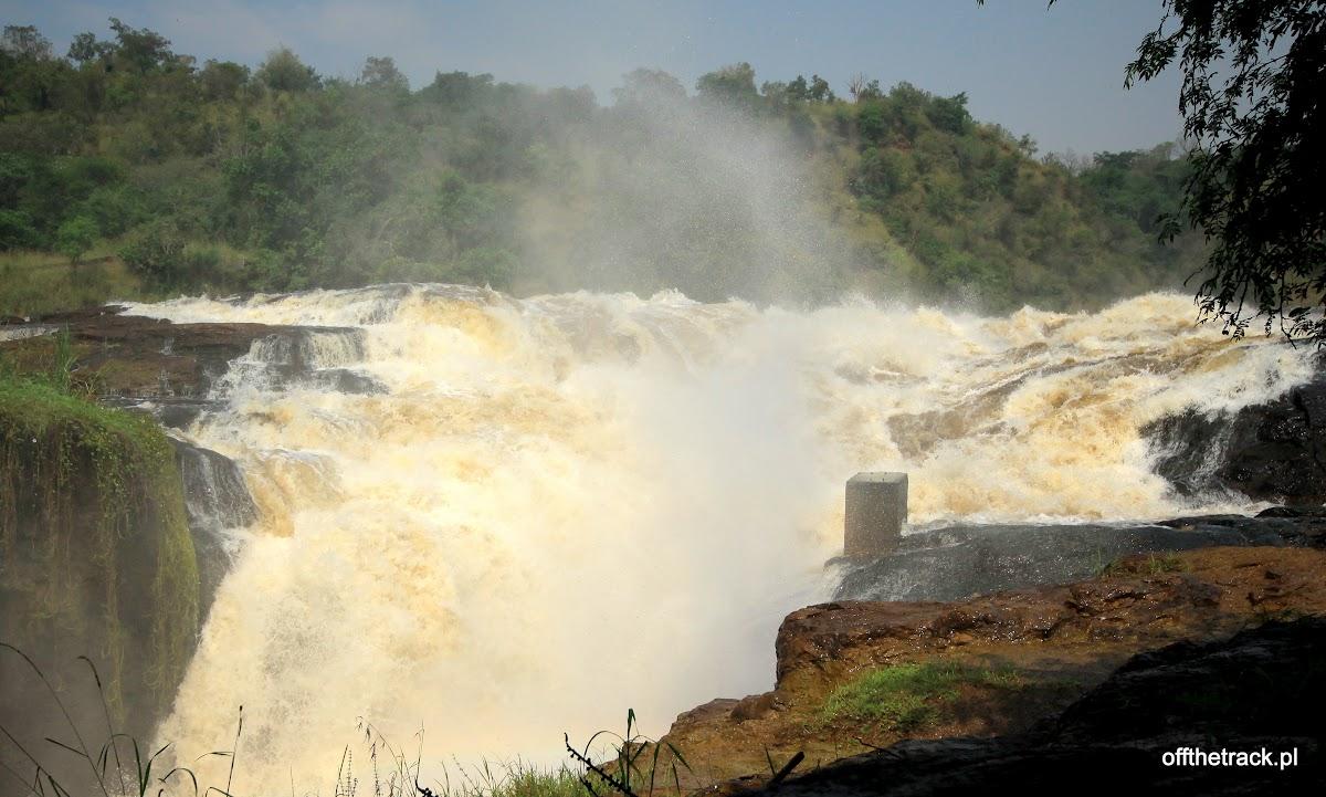 Wodospad Murchisona z bliska, park narodowy Murchison Falls, Uganda
