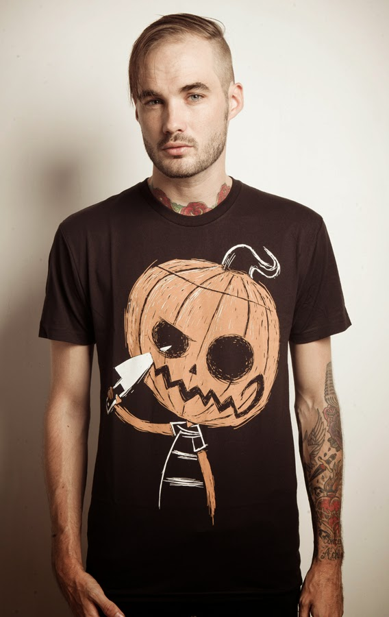 pumpkin tshirt, pumpkin graphic tee, pumpkin carving smile, pumpkin goth shirt, pumpkin horror cute, pumpkin comiccon shirt, pumpkin knife shirt, pumpkin stabbing eye shirt