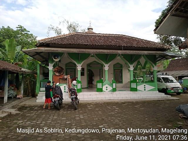 Bersíh Masjid As Sobirin, Kedungdowo, Prajenan, Mertoyudan, Magelang