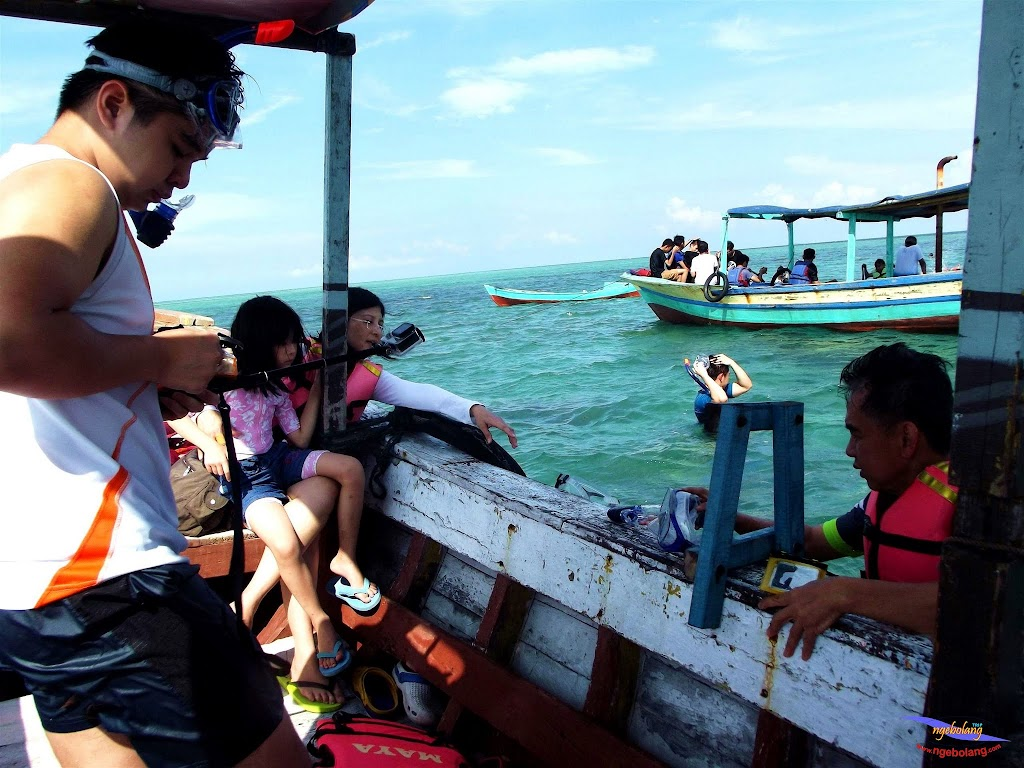 family trip pulau pari 140716 Fuji 063