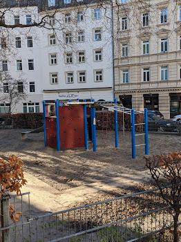 Spielplatz Hochbrückenstraße