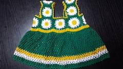 green granny square baby dress 05