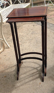 225j - Edwardian nest of 2 tables £35.00 set