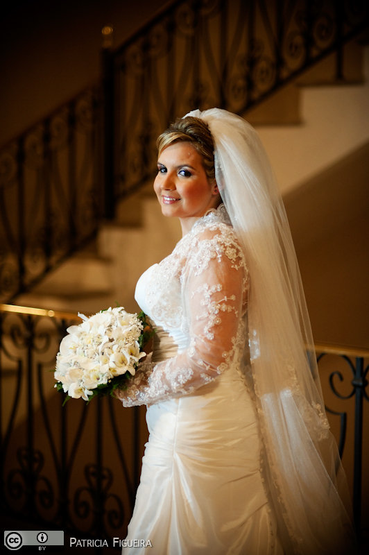 Foto de casamento 0152 de Beatriz e Delmiro. Marcações: 18/09/2010, Casamento Beatriz e Delmiro, Fotos de Vestido, George Moreira, Rio de Janeiro, Vestido, Vestido de Noiva.