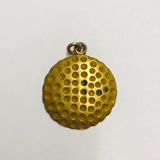 10K Gold Medallion Pendant