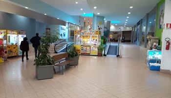 Piazza mall Cepagatti_vecchia_05