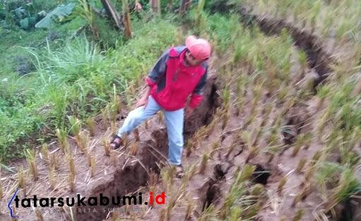 Pergerakan tanah di Sukabumi // Foto : Rapik Utama