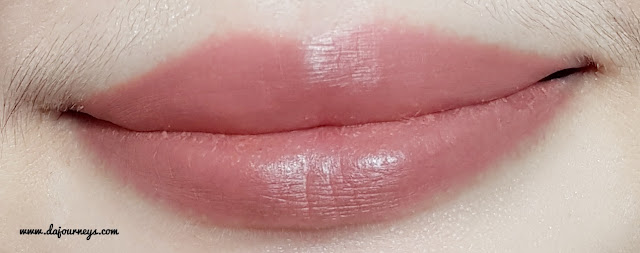 ESQA Satin Lip Crayon poppy peach