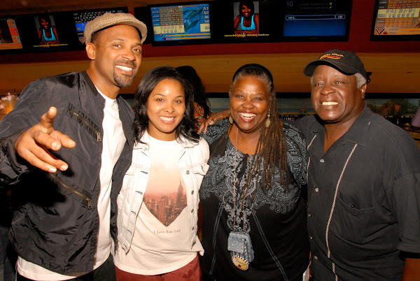 KiKi Shepards 9th Celebrity Bowling Challenge (2012) - DSC_0499.JPG
