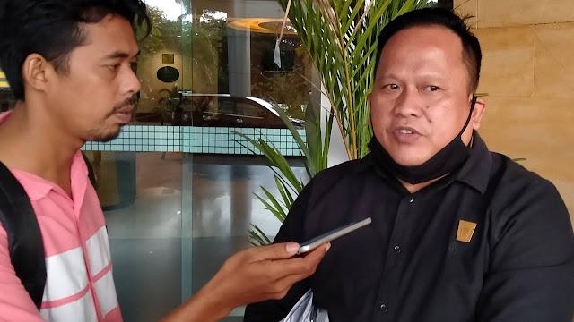 Boby Rustam Sayangkan Minimnya Bantuan PT Semen Padang ke Padang Selatan dan Padang Utara untuk Warga Terdampak Covid-19.