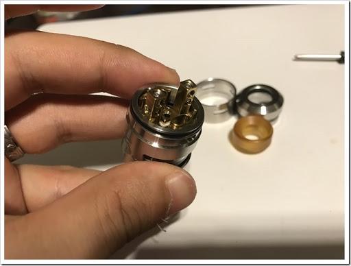 IMG 4422 thumb - 【爆煙小僧必見】IJOY RDTA 5S Tankレビュー!漏れ防止には頑張るしかないRDTAだけど、ボトムやサイドで味を変えれる万能RDTAでもありまする!スカスカドローで爆煙小僧となれ!
