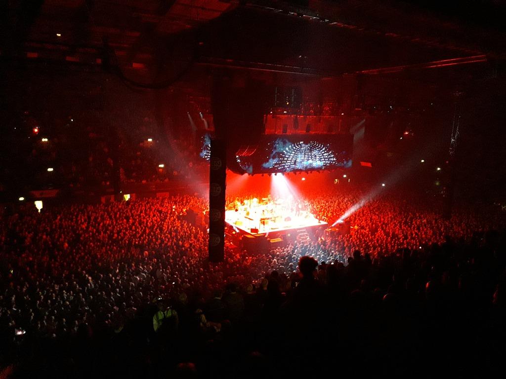 [Arcade+Fire+at+Wembley+Arena+12+April+2018+%286%29%5B3%5D]
