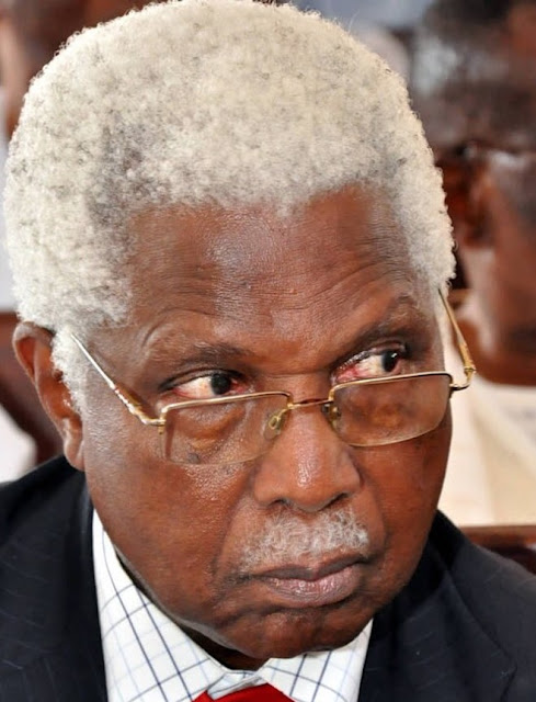 Second Republic Vice-President, Dr Alex Ifeanyichukwu Ekwueme is dead. .