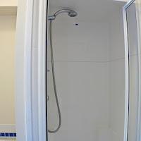 Room 43-bathroom3