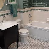 Bathrooms - 20140204_092847.jpg