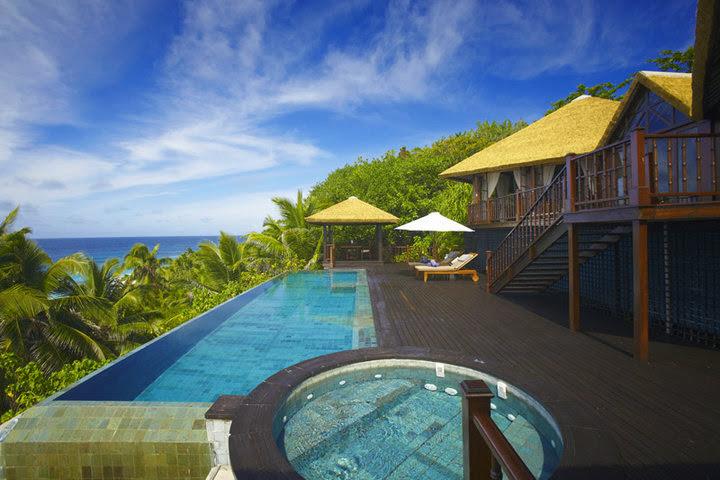 Fregate Island Resort - 58527_436116864089_3972099_n.jpg