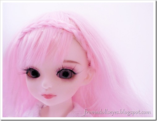 A beautiful close up of a yosd ball jointed doll.  She is from Doll Love, skulpt name is You You.