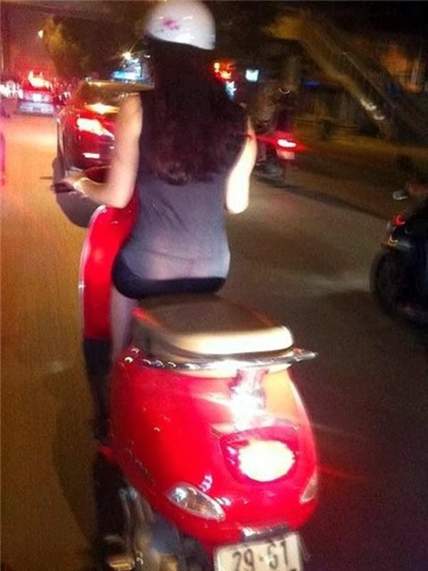 ảnh cô gái mặc ảo mỏng đi ra đường