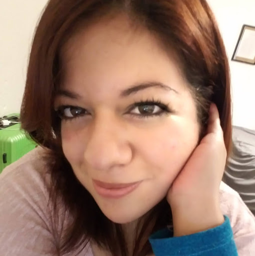 Stephanie Menendez Photo 13