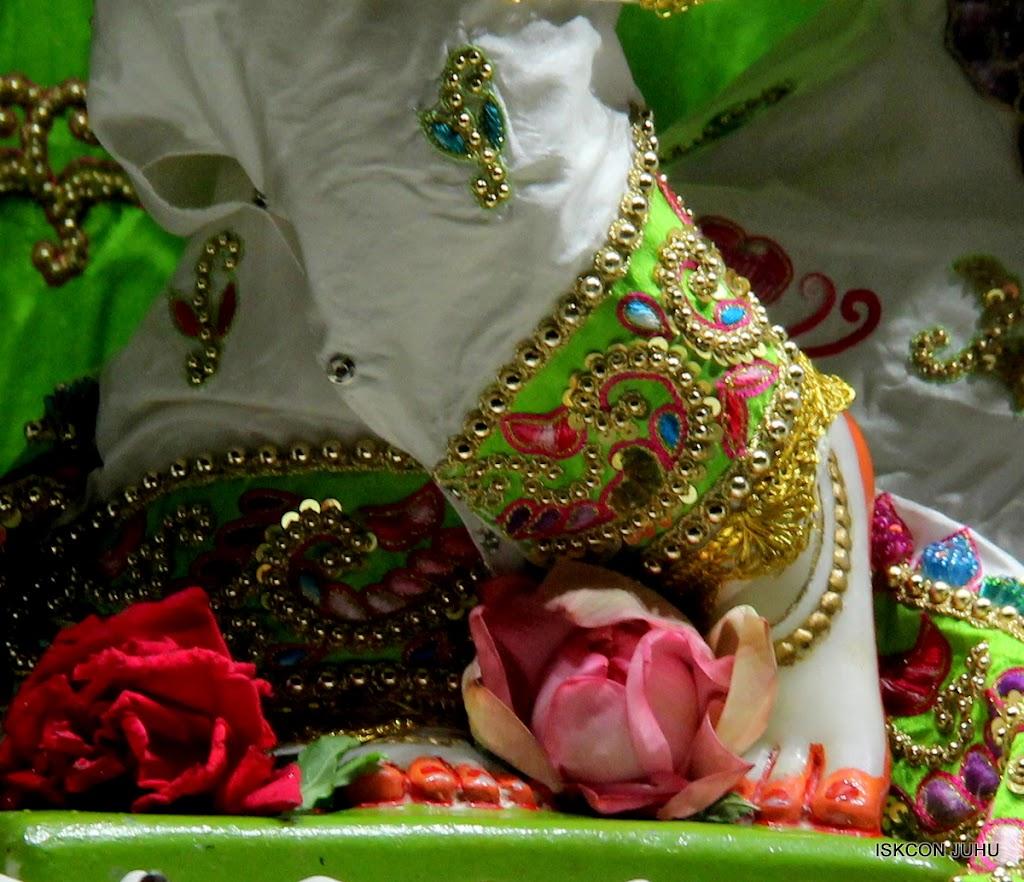 ISKCON Juhu Mangal Deity Darshan on 4th June 2016 (18)