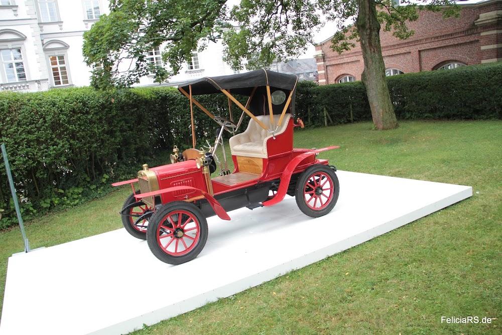 Laurin & Klement Voiturette Typ A von 1905 eine Originalgetreue Replik welche von Škoda 2010 mit vielen Originalteilen gefertigt wurde.