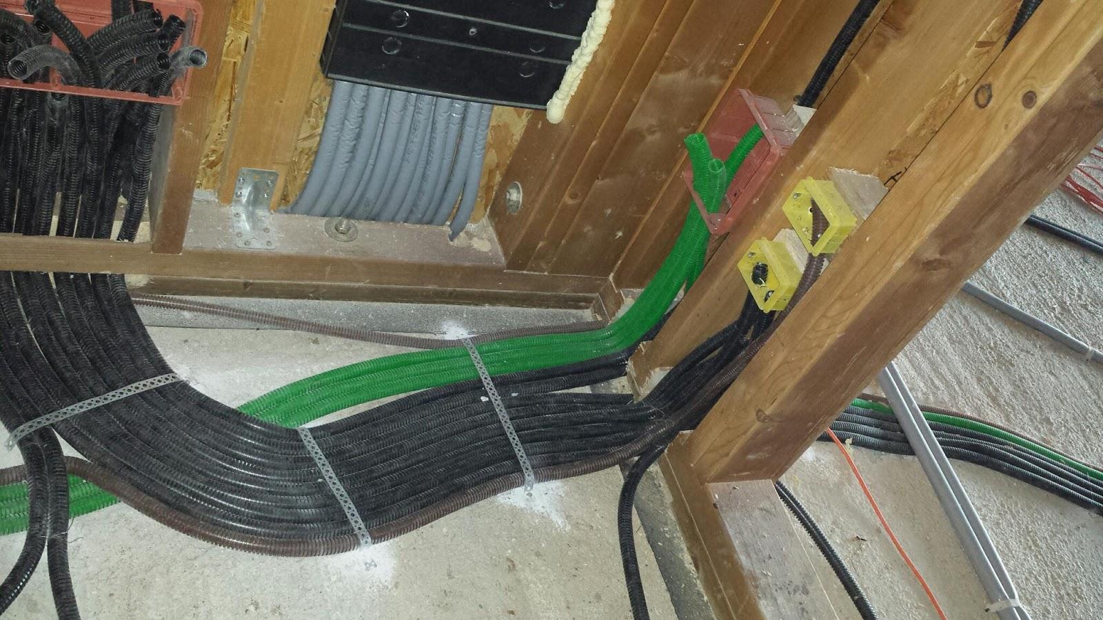 Quanti cavi elettrici in corrugato - Colori cavi elettrici casa ...