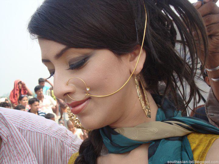 Sexy Wallpaprs For You Xx Bidya Sinha Saha Mim