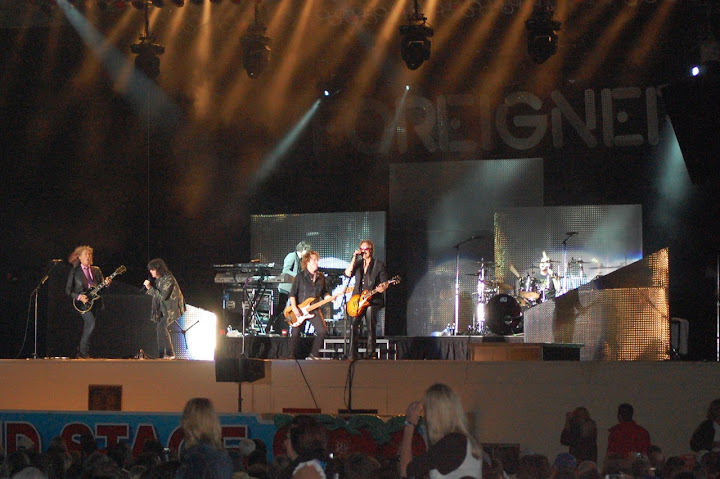 Foreigner performed one hit after another