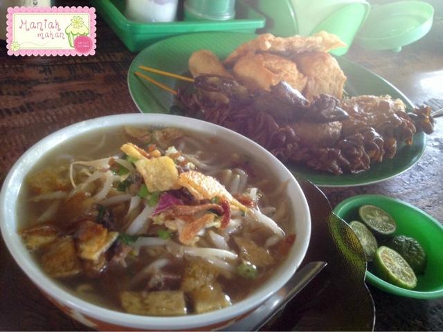 maniak-makan-soto-bening-mbah-ismi-sawangan-depok-sotodaging-medium-campur