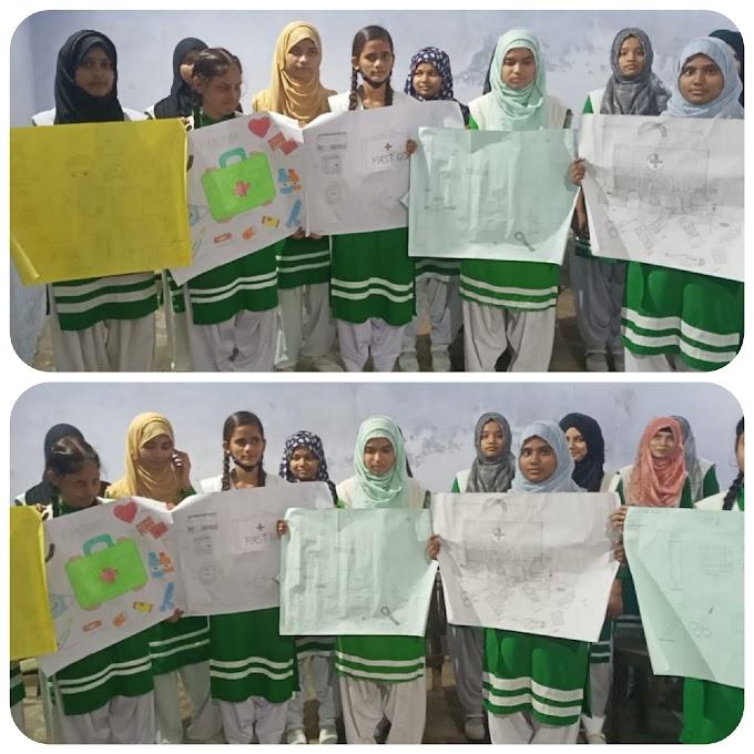 طالبات نے پوسٹرز کے ذریعے لوگوں کو ابتدائی طبی امداد سے آگاہ کیا۔