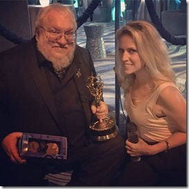 Jennifer con George R.R.Martin de Games of Thrones Emmy