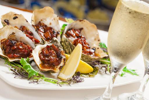 Ăn buffet trưa ở đâu ngon và nổi tiếng tại TP.HCM