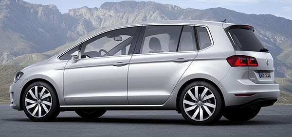 2014-VW-Golf-Sportvan-5